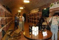 ampissima selezione di vini DOC e DOCg